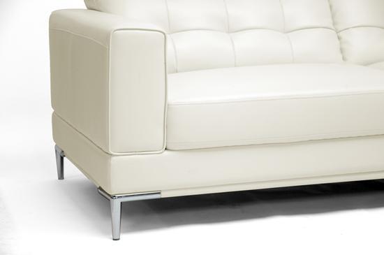 white-sofa-2