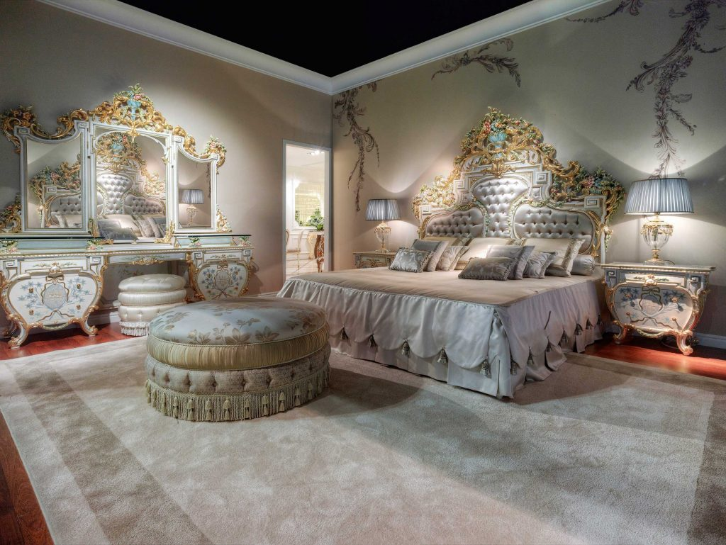 Classic Master Italian Bedroom Design